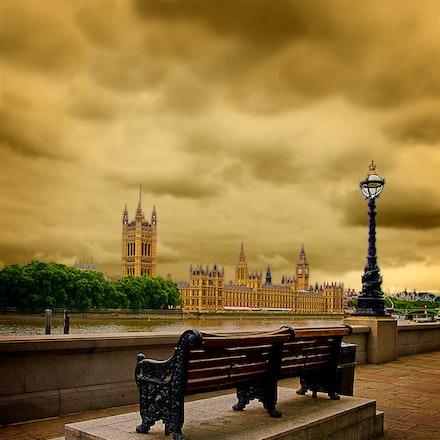 London_0047a - OLYMPUS DIGITAL CAMERA