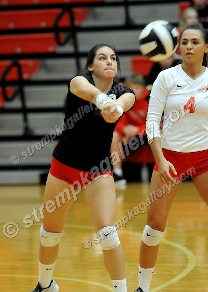 22_VB_Valpo_CP_DSC_4177 - Valpo vs. Crown Point - 9/29/16