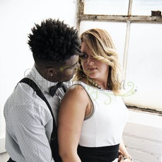 Alphonso & Emili Couples Boudior