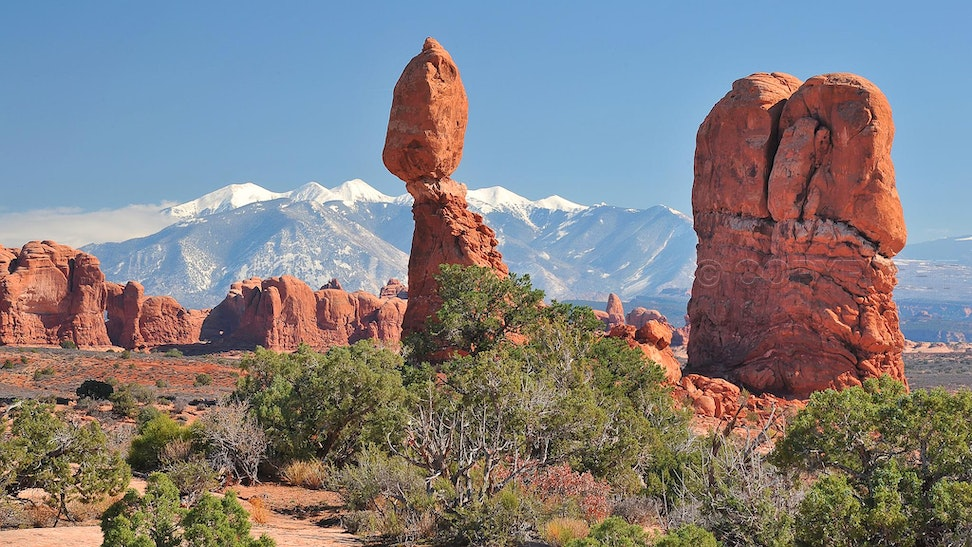 Balanced Rock & La Sal Mountains - Arches National Park, Balanced Rock with La Sal Mountains in the distance.