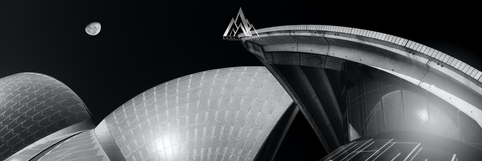 Opera Luna, Sydney Opera House, NSW Australia. - Opera Luna, Sydney Opera House, NSW Australia.  Creating and original composition of the Sydney Opera...