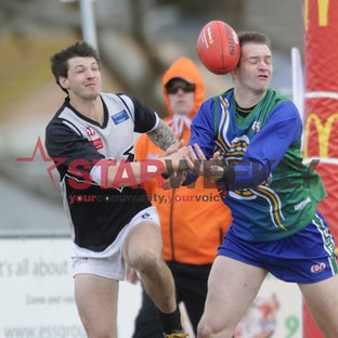 EDFL East Sunbury v Roxburgh Park 30 July 2016 - Pictures by Shawn Smits