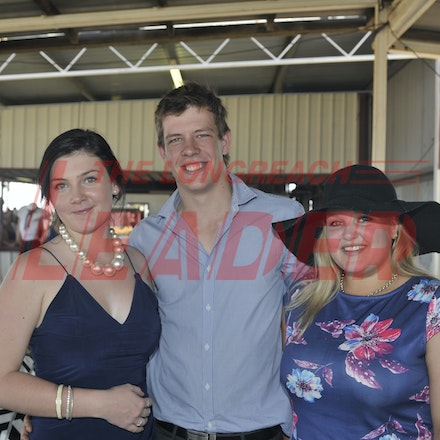 151024_SR23422 - Shannen Smith, Gary cutting, Felicity Reid at the Isisford Races, Saturday October 24, 2015.  sr/Photo by Sam Rutherford