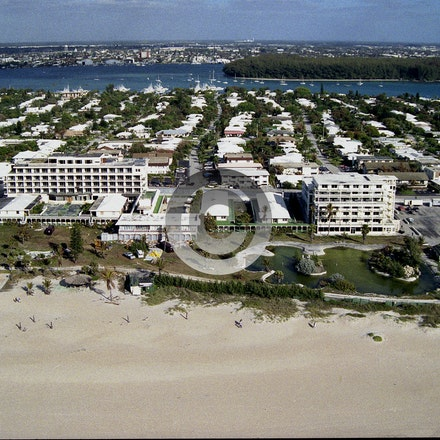 COLLONADES 1990A  jpg - Hotel on PB Shores built by John D. MacArthur.   Demolished in 1990 it was in the 70's the home of the popular game show Treasure...